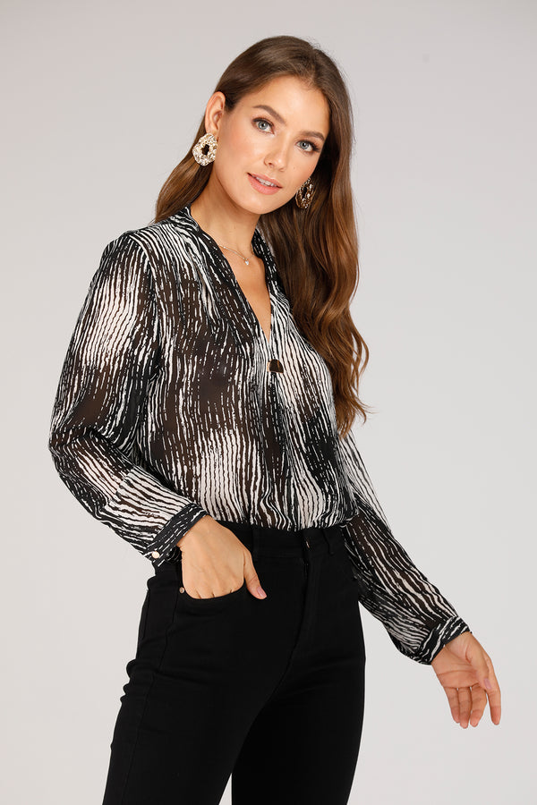 Mantra Pakistan Blouse With Semi Circle Metal | TOPS