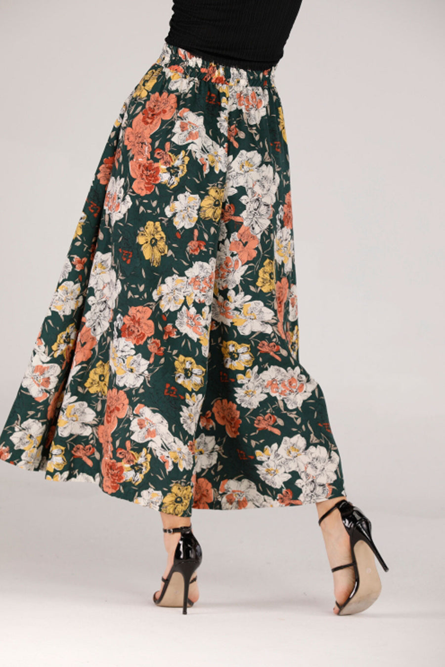 Mantra Pakistan GREEN FLOWY PANTS WITH FLORAL PRINT | BOTTOMS