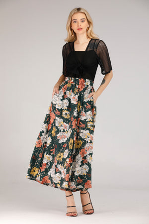 BOAT NECK CROP TOP - Mantra Pakistan