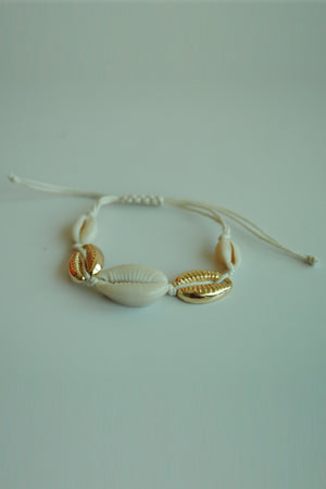 Mantra Pakistan Shell Bracelet | ACCESSORIES