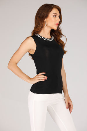 TANK TOP WITH NECK PEARLS