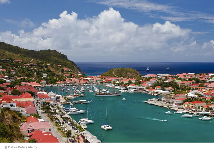 Lumiton Keeps It Cool In St Barth's