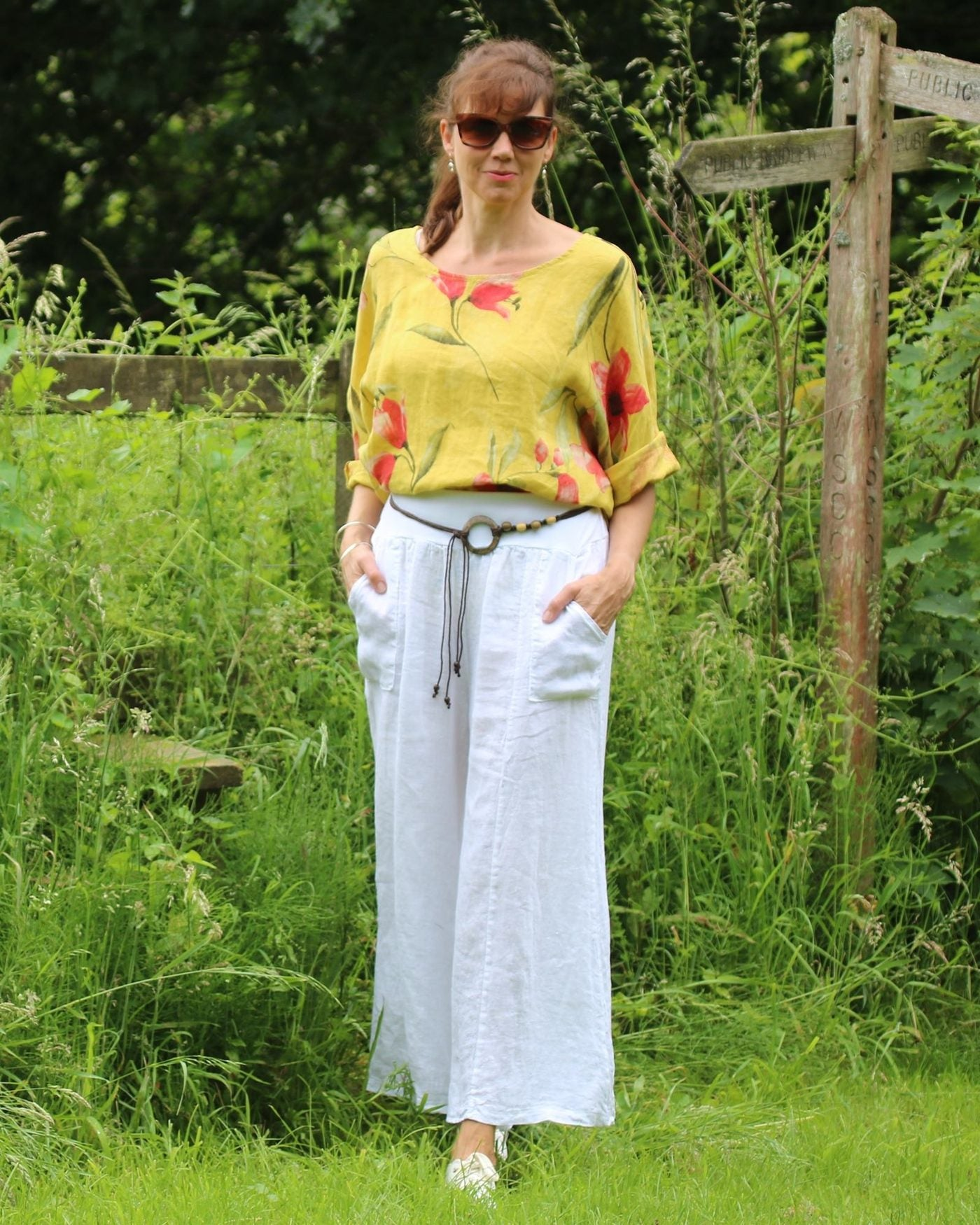 Cadenza Italy Linen Flared Trousers and Belt - White