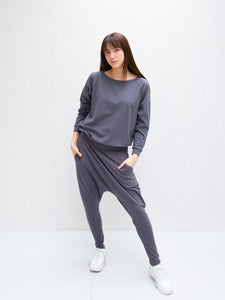 Chalk Holly Top | Charcoal