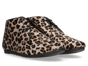Ginny Leopard boot by Maruti