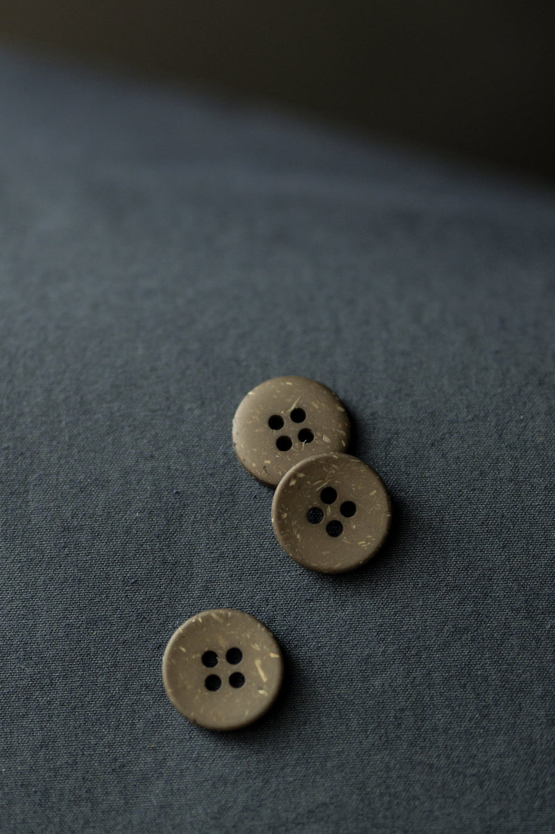 Olive Speckles 18 mm Button