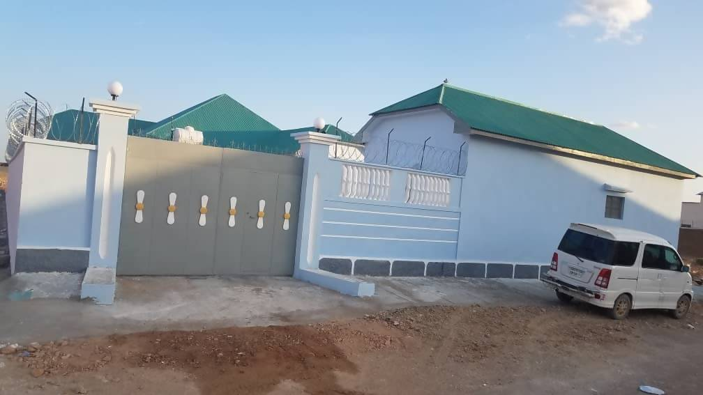 VIllo kiro ah ( house for rent) -Garowe