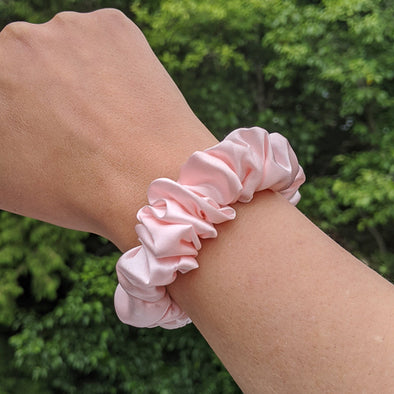 100% Pure Silk Scrunchie - Medium