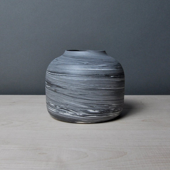 Small Pod Vase - Midnight Noir