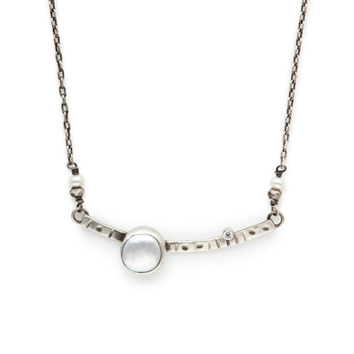 Offset White Coin Pearl Necklace