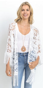 Kimono with lace and fringe