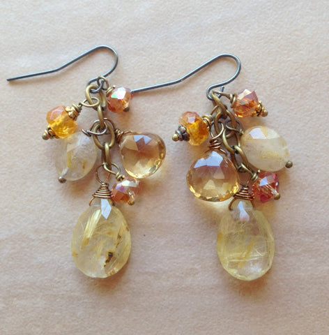 """Cluster of sunshine earring"""