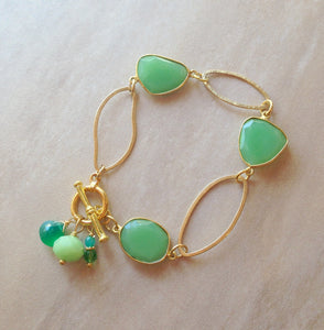 Bezel set chrysoprase stones with gold fill link bracelet.