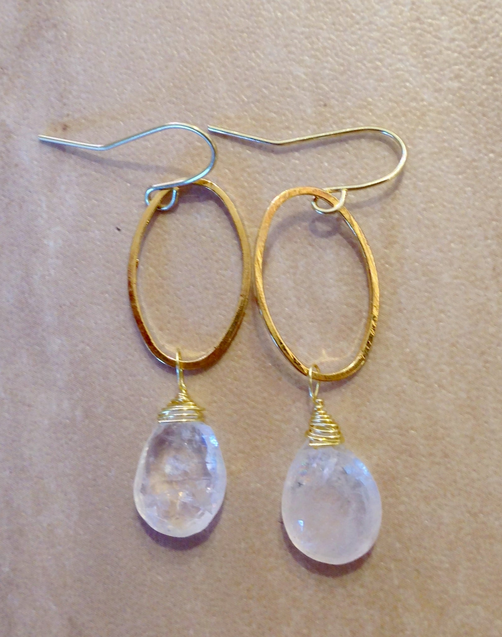 Moonstone drop earrings.