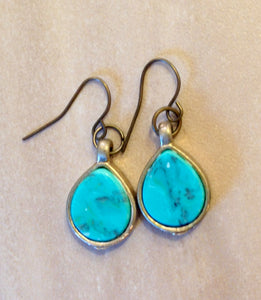 Turquoise drop earrings.