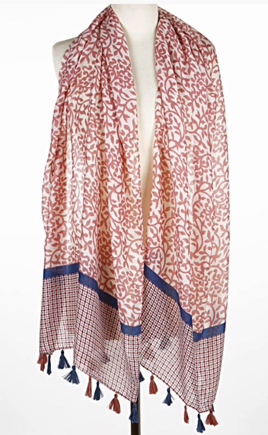 Paisley scarf with tassels.