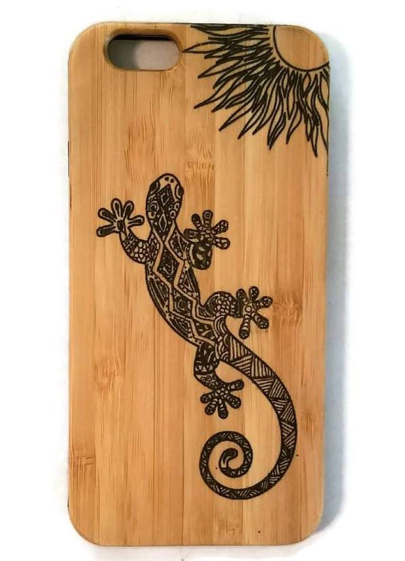 Zentangle Gecko bamboo wood iPhone case for iPhone 6, iPhone 6s, iPhone 6 plus, iPhone 7, iPhone 7 plus, iPhone 8, iPhone 8 plus, iPhone X, XS, XR, XS Max