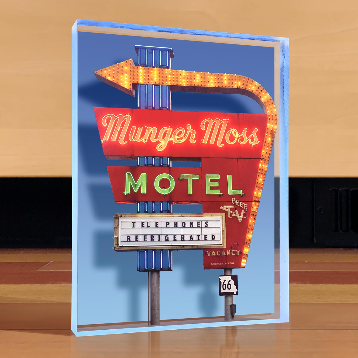 Munger Moss Motel Desktop Art