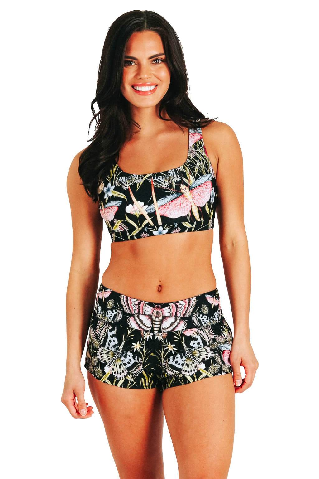 Flow Short in Pretty In Black