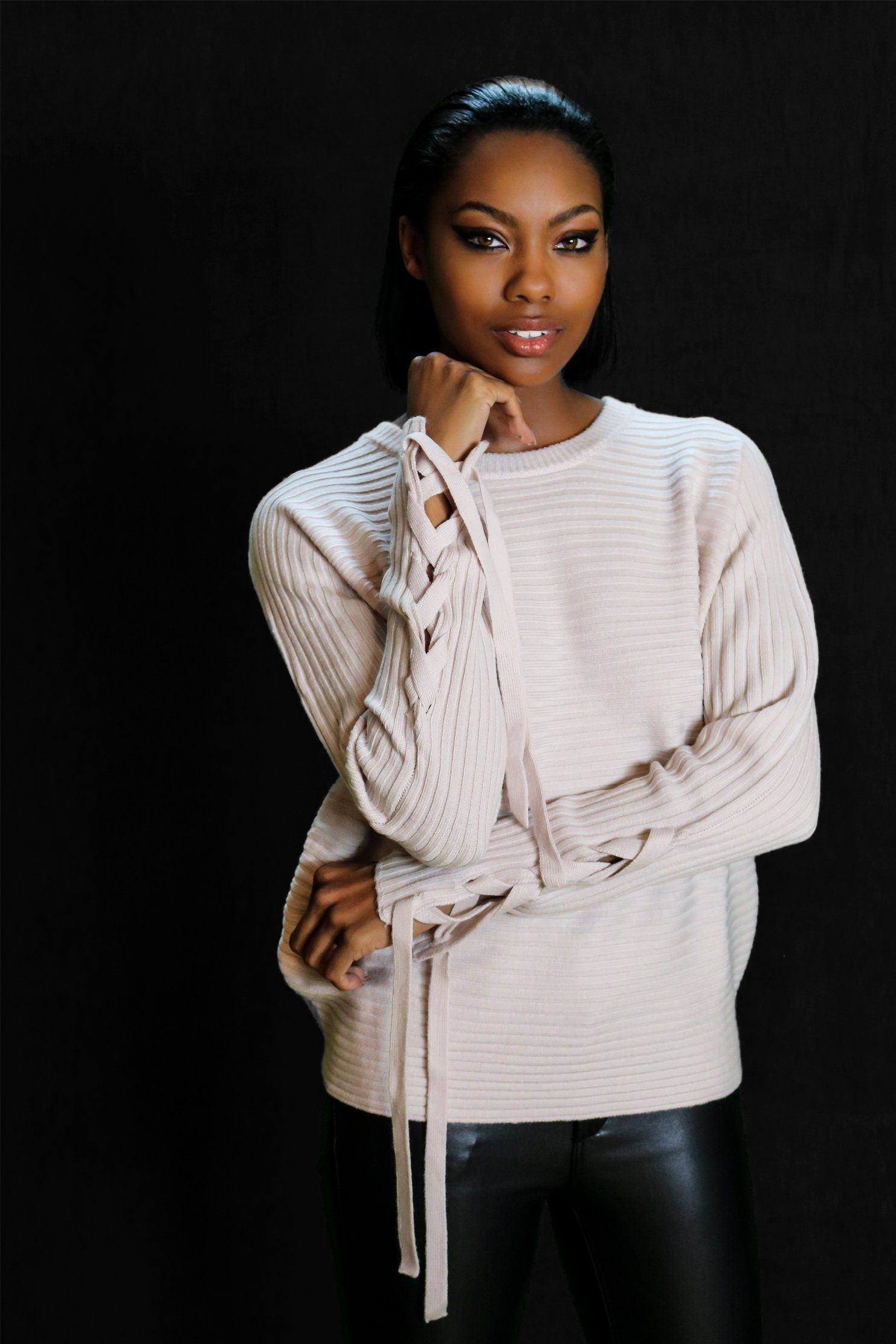BAMBER LACE-UP CREAM RIB KNIT WOOL SWEATER