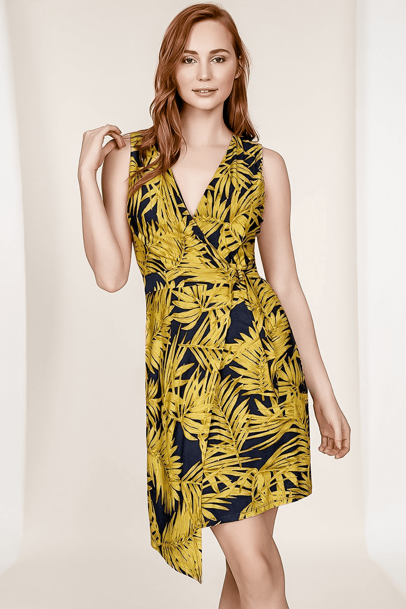 CAROLYN TROPICAL PRINT SLEEVELESS KNIT WRAP DRESS