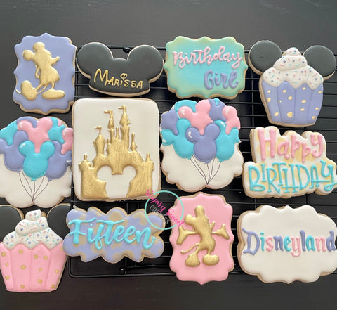 Disneyland Birthday Set (12 cookies)