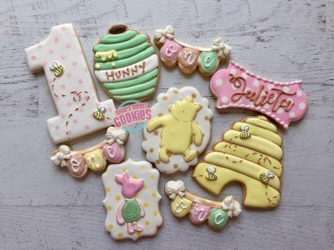 Vintage Pooh Cookie Set (24 cookies)
