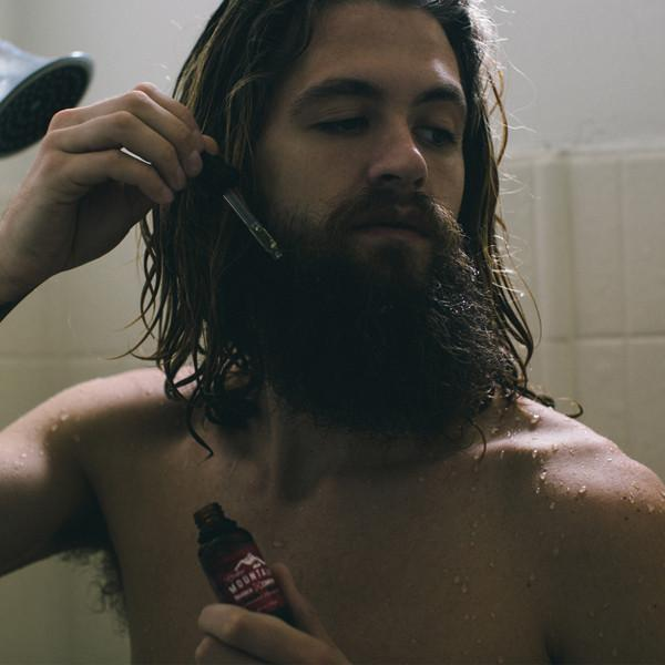 Applying-Beard-Oil