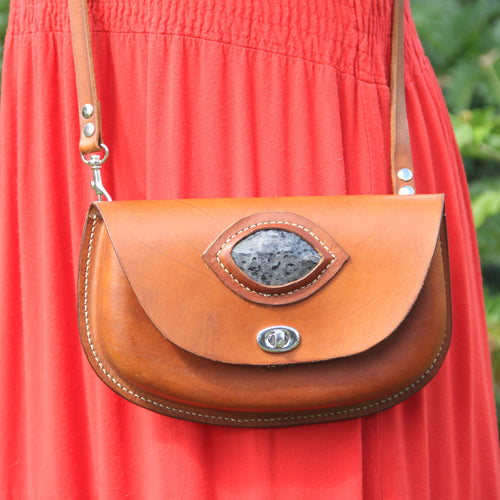 Robin Crossbody Purse with Grey Stone