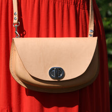 Robin Crossbody Purse - Natural