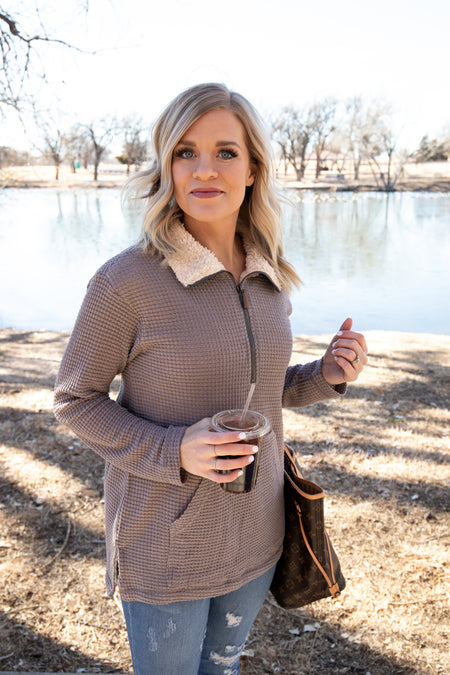 Mandy Pullover in 2 Colors!
