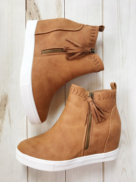 Jovie Cut-Out Wedges in Nude
