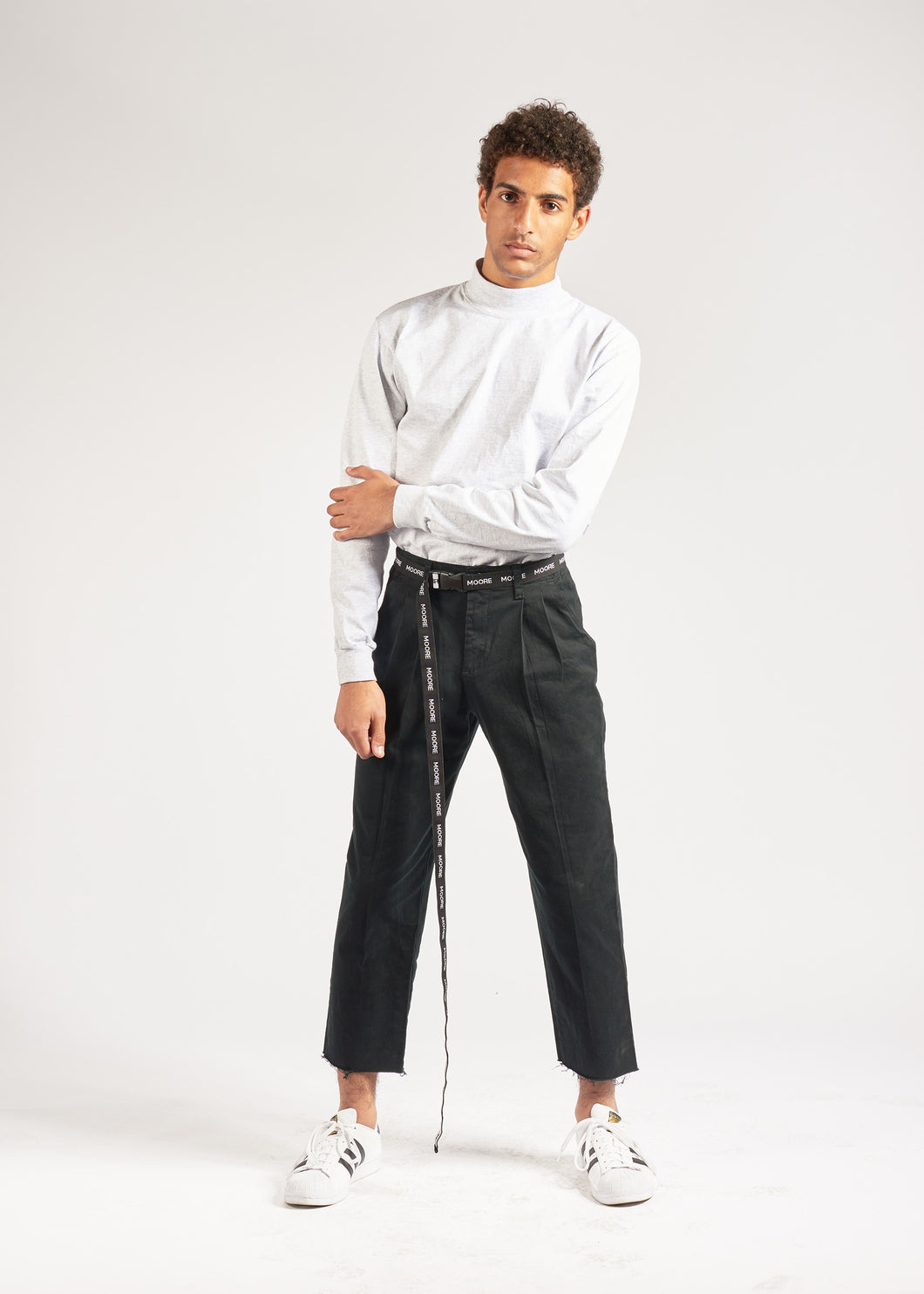 Black Cropped Pleated Trouser