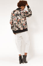 full zip - winter foral