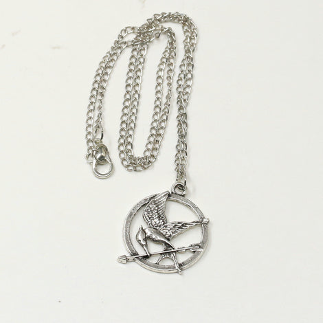 Deathly hallows and mockingjay pendants the cave of yarno deathly hallows and mockingjay pendants mozeypictures Images