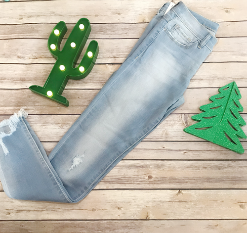 Low rise distressed Sneak Peek stretchy jeans | Cheeky Cactus