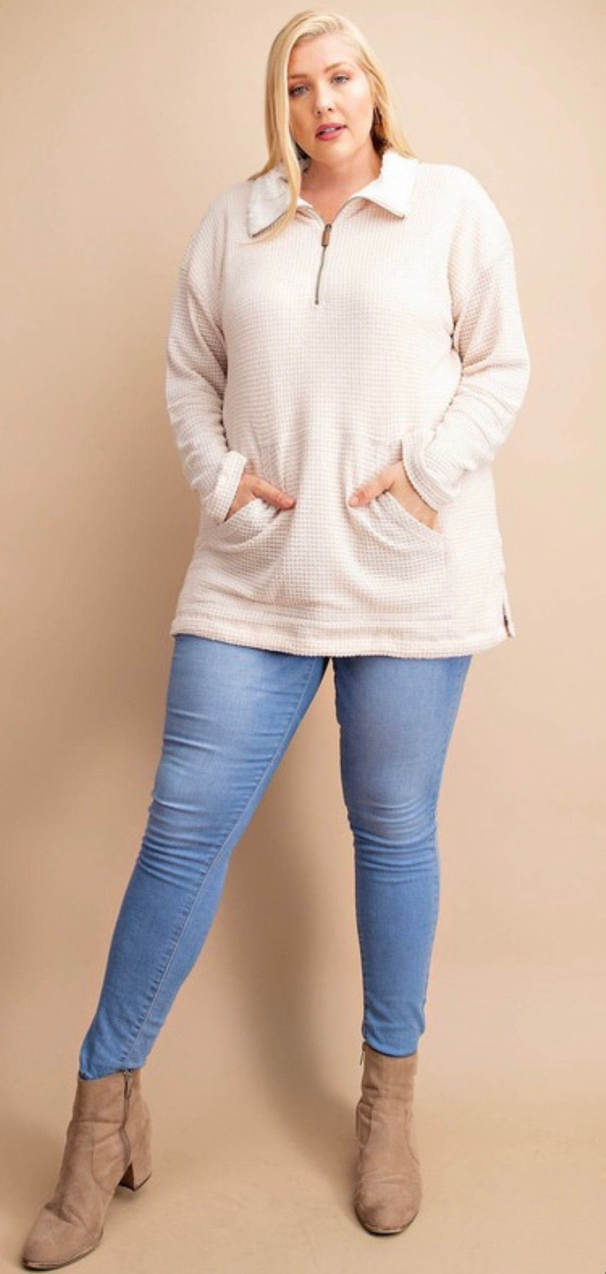 Reversible textured knit top with front zipper