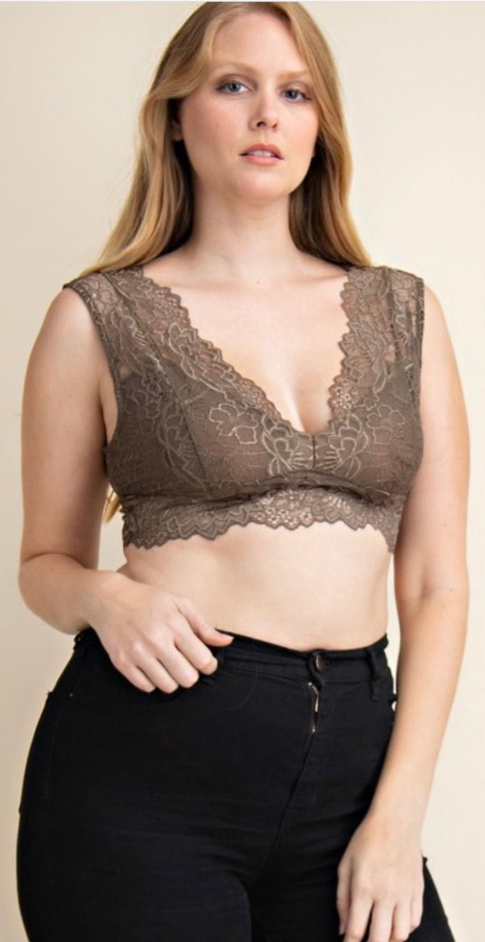 Scalloped Lace Boho bralette | Cheeky Cactus