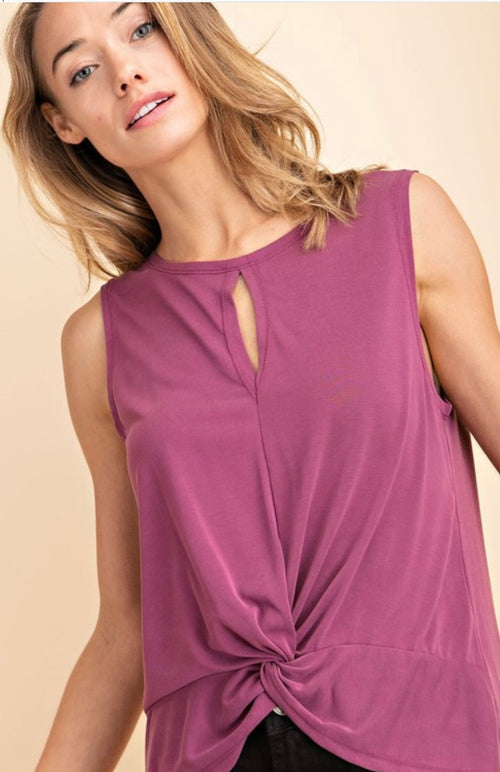 Sleeveless high-low knot from top