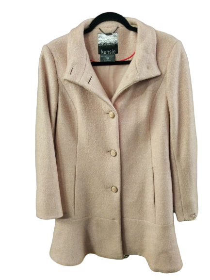 VEEP: Selina Meyer's Light Pink Coat By Kensie-1