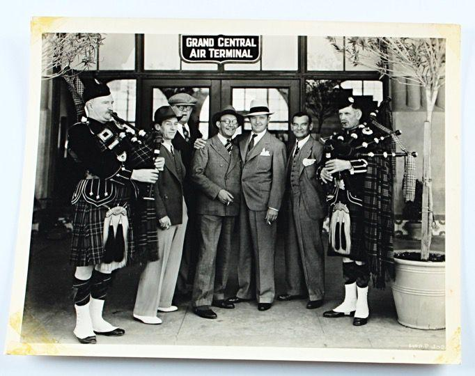 Laurel & Hardy Photo of Stan Meeting James Finlayson Original Stax Photo.