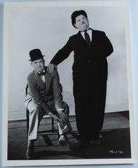 Laurel & Hardy Black and White Glossy Photo, Portrait (Hardy Leaning on Laurel's Shoulder, Stepping on Foot)