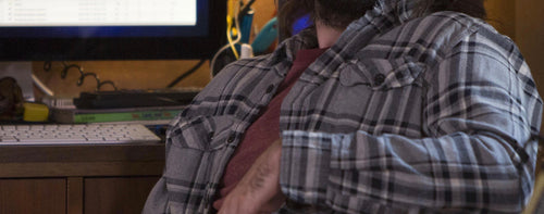 Screenbid Media Company, LLC. - SILICON VALLEY: Gilfoyle's Grey & Black Plaid Flannel