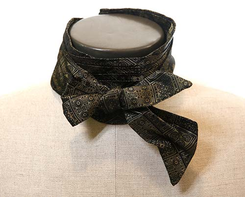 Gangs of New York: Boss Tweed's Black & Gold Patterned Bow Tie-1