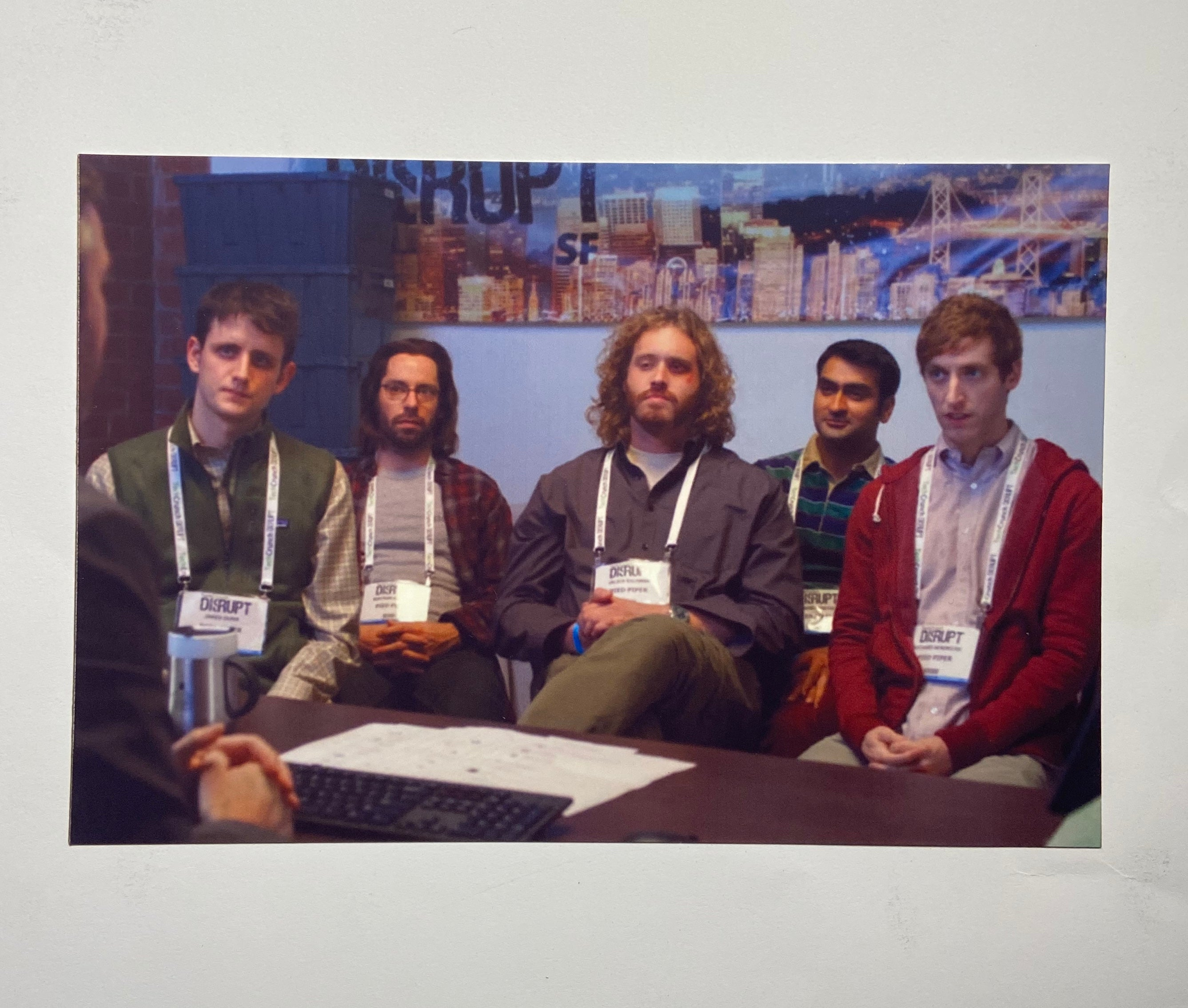SILICON VALLEY: Photo of the Pied Piper Crew at TechCrunch Disrupt