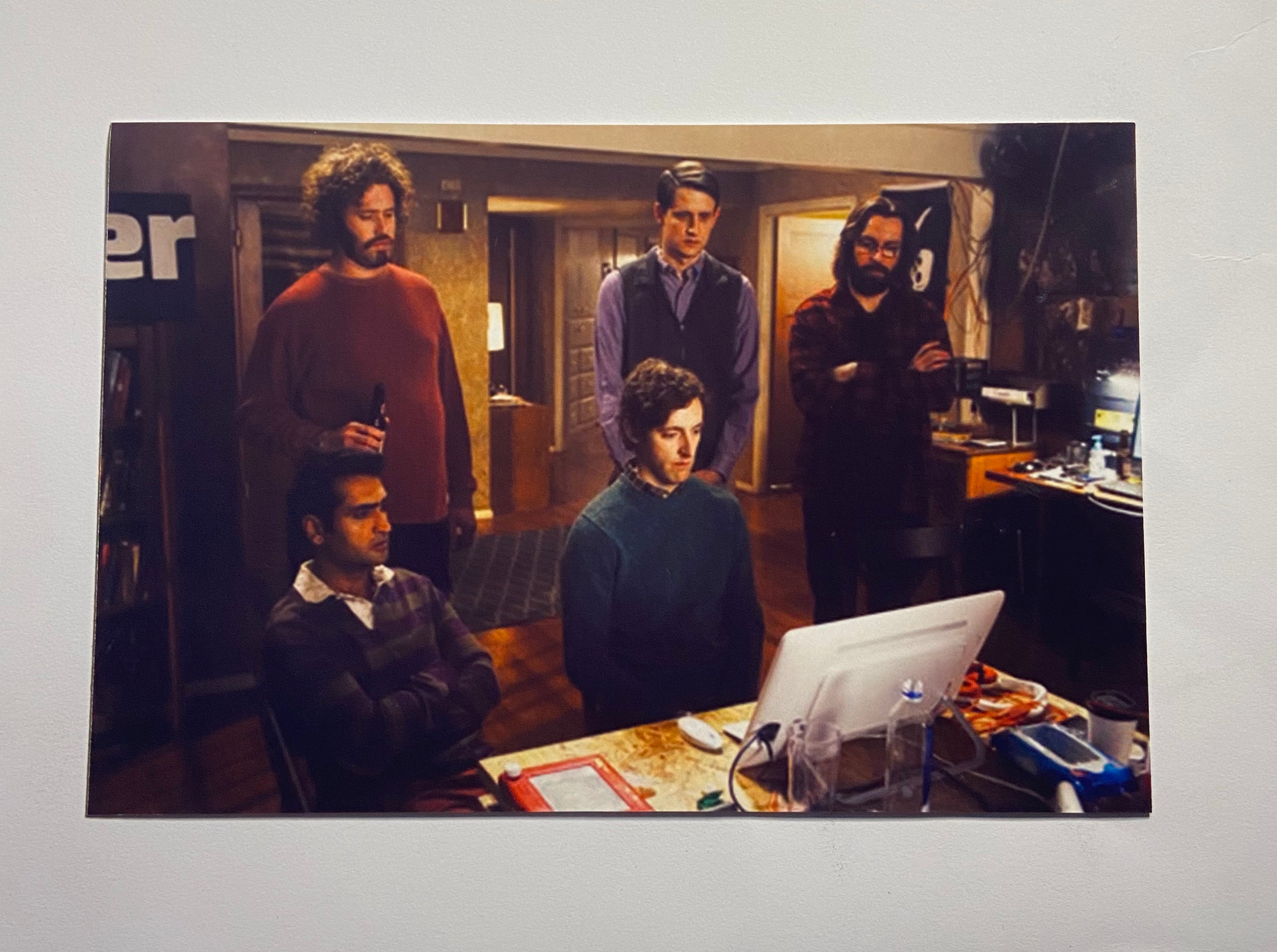 SILICON VALLEY: Photo of the Pied Piper Crew in the Hacker Hostel