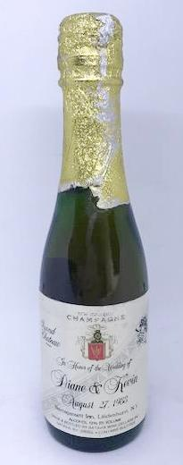 SONS OF ANARCHY: : Prop Champagne Split-1