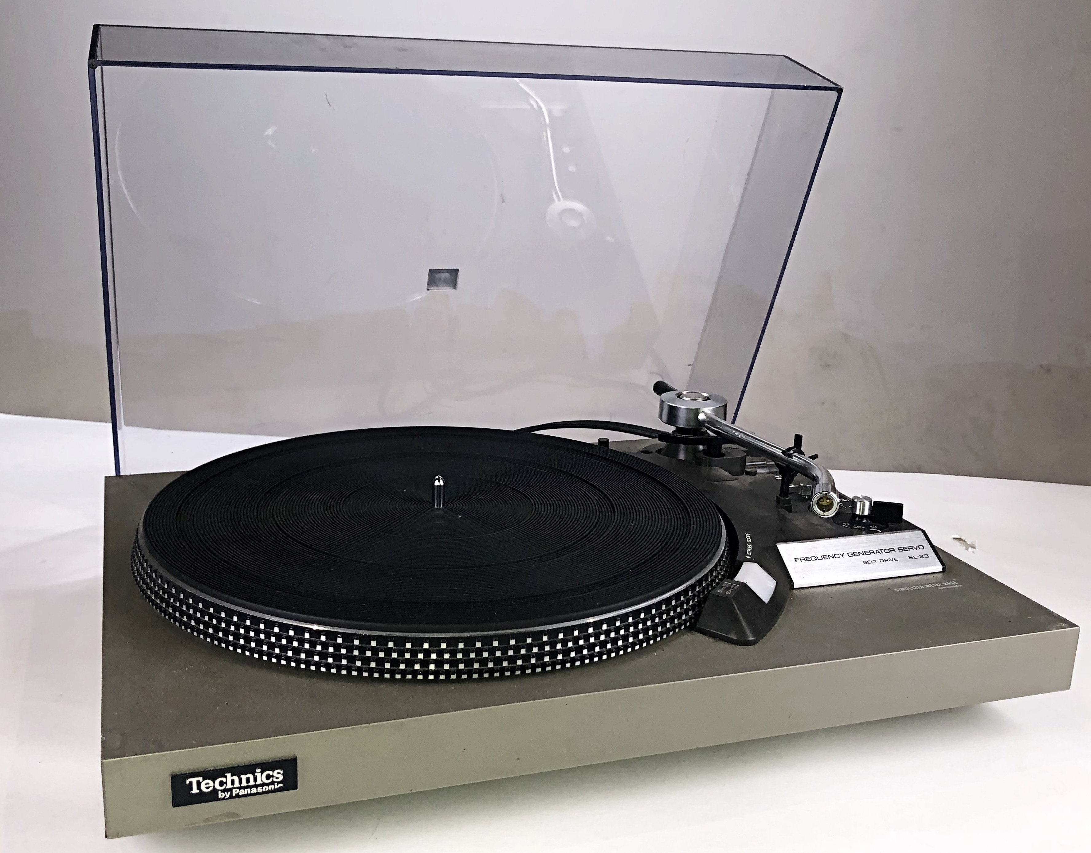 The Get Down - Technics SL-23 Turntable