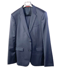 VEEP: Gary's HUGO Boss Navy Suit