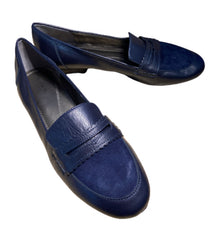 SILICON VALLEY: Monica's Dark Blue Tahari Loafers